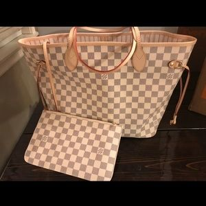 Handbags - LV Neverfull MM